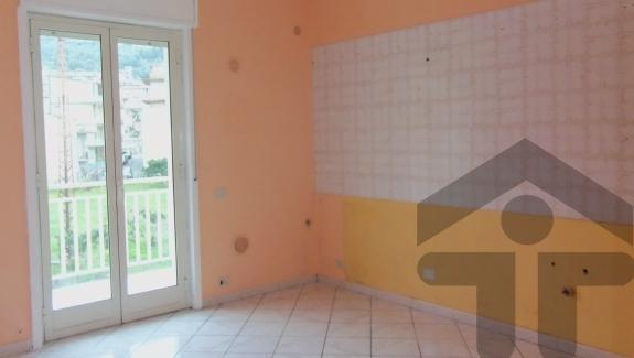 Home service europe comprare vendere affittare casa a for Comprare piani casa online
